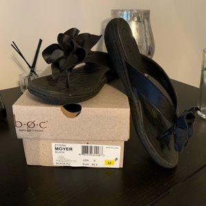B.O.C. Moyer Flip Flop size 6